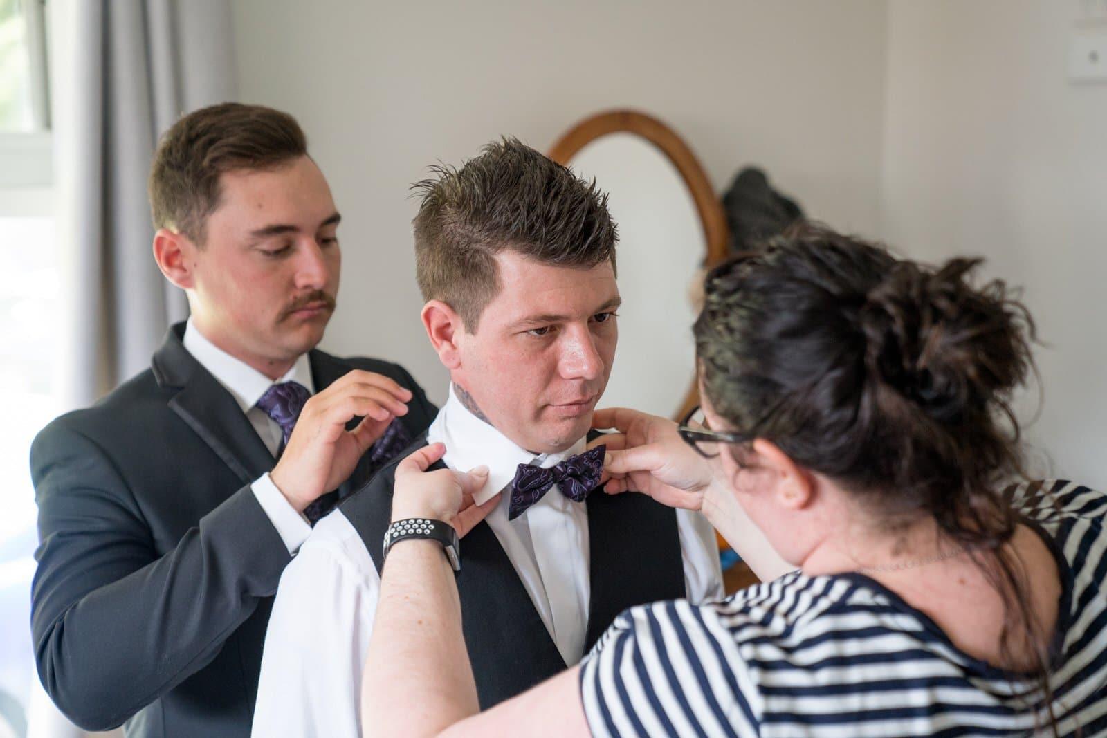 Chateau Wyuna Wedding groom getting ready