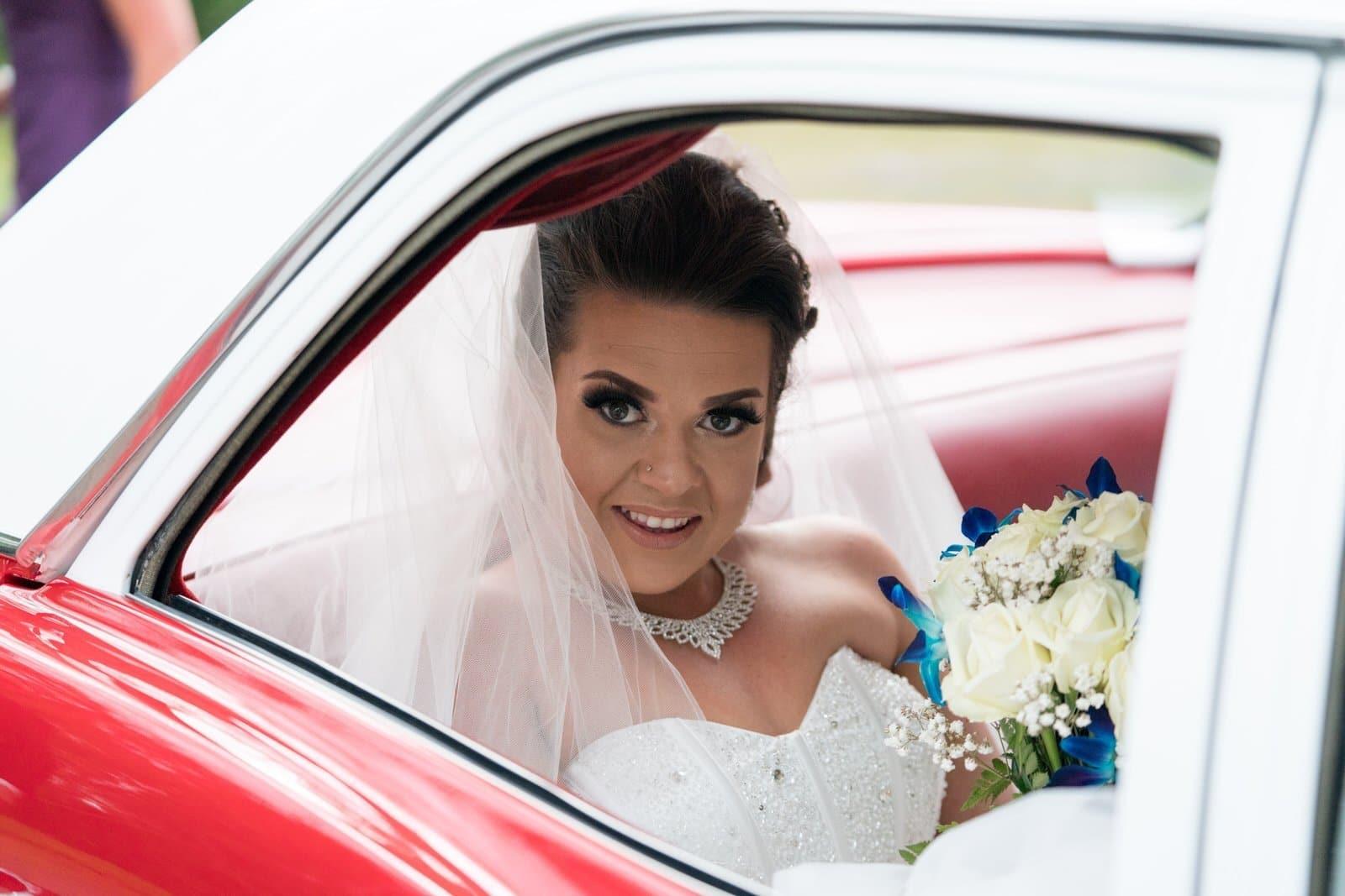 Chateau Wyuna Wedding Bride Arriving