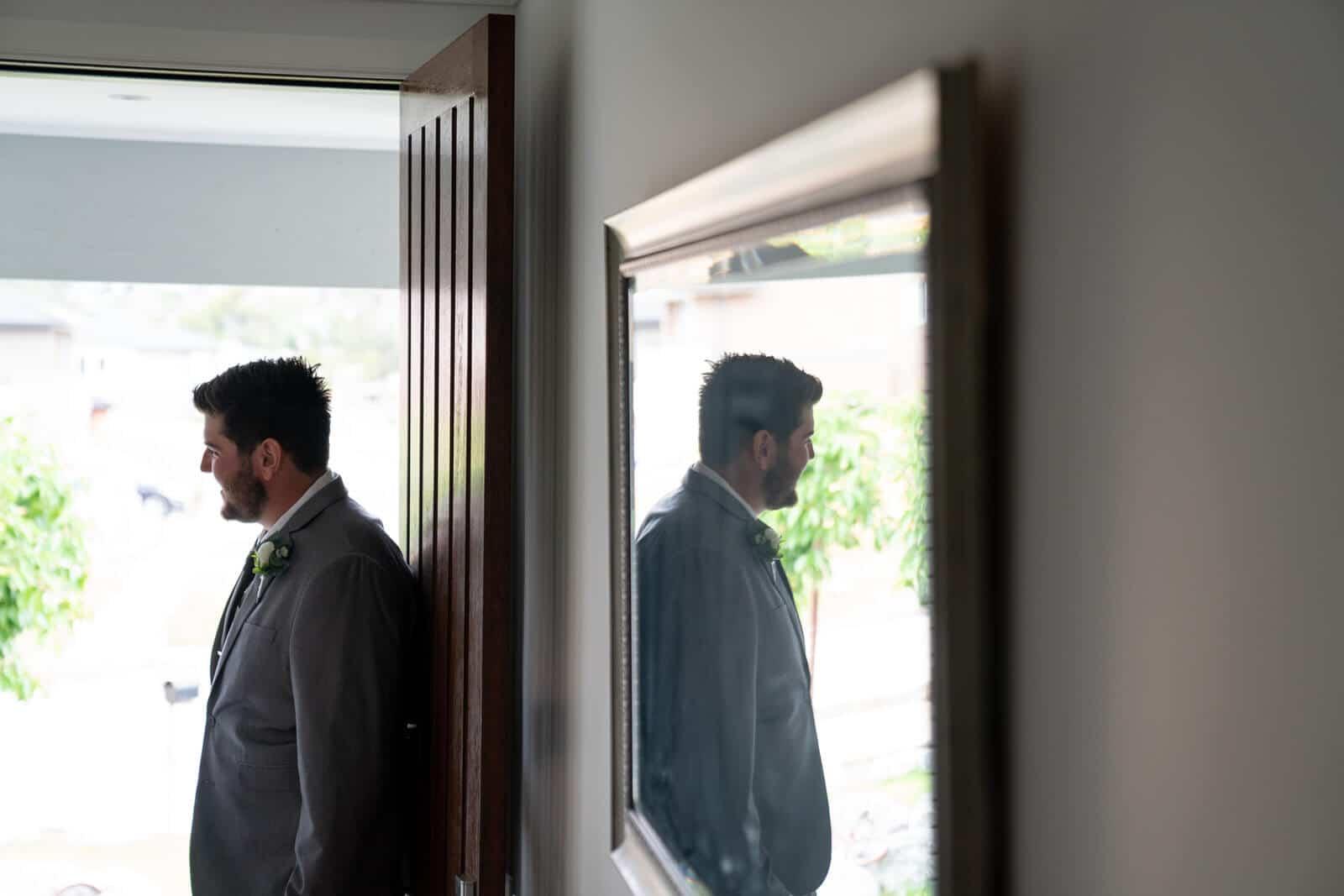 Lilydale Lake Wedding | Groom Prep