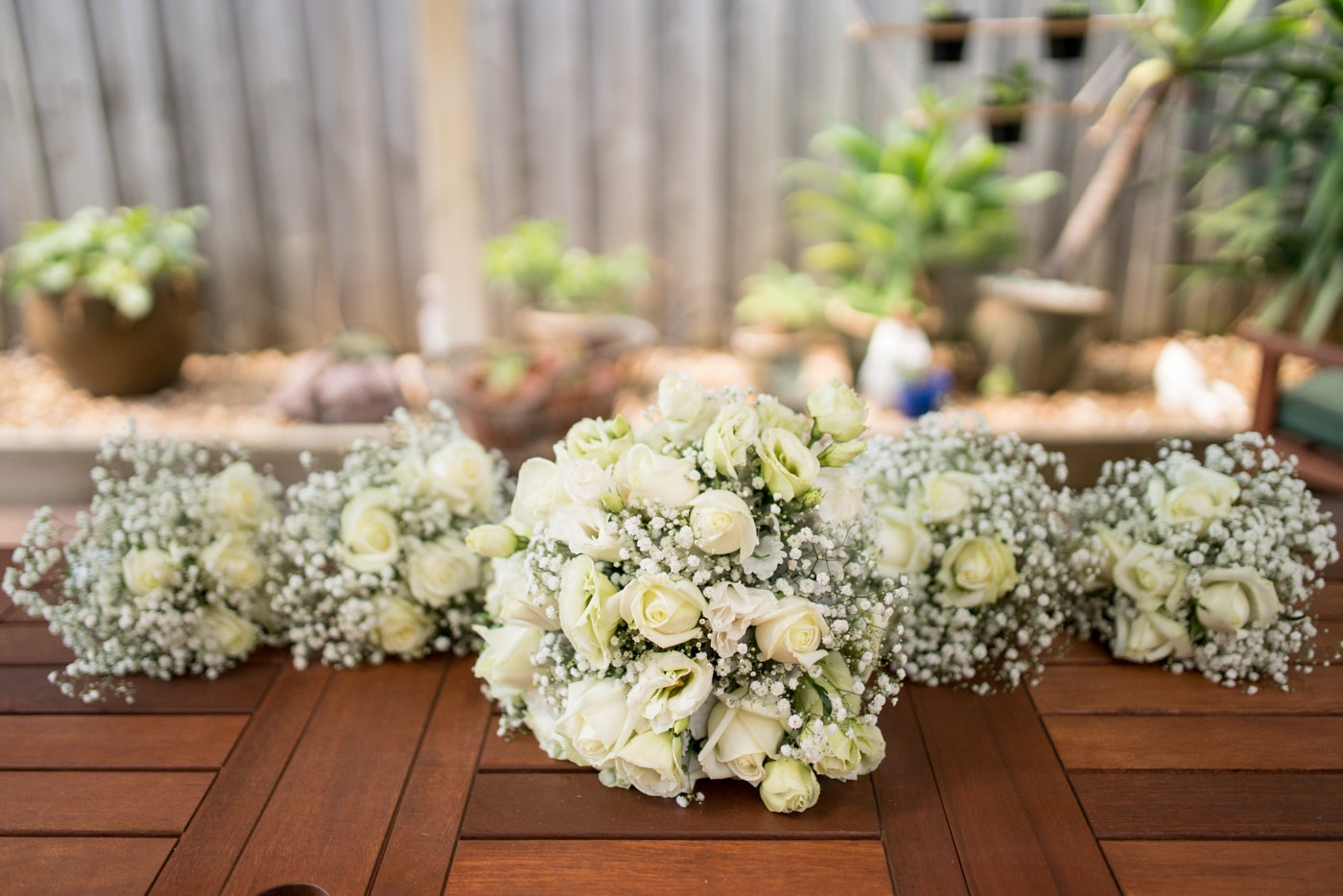 Simple White Wedding Flowers