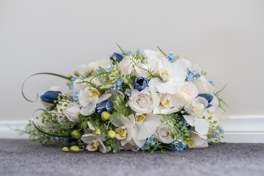 Unique wedding bouquet | Blue flowers